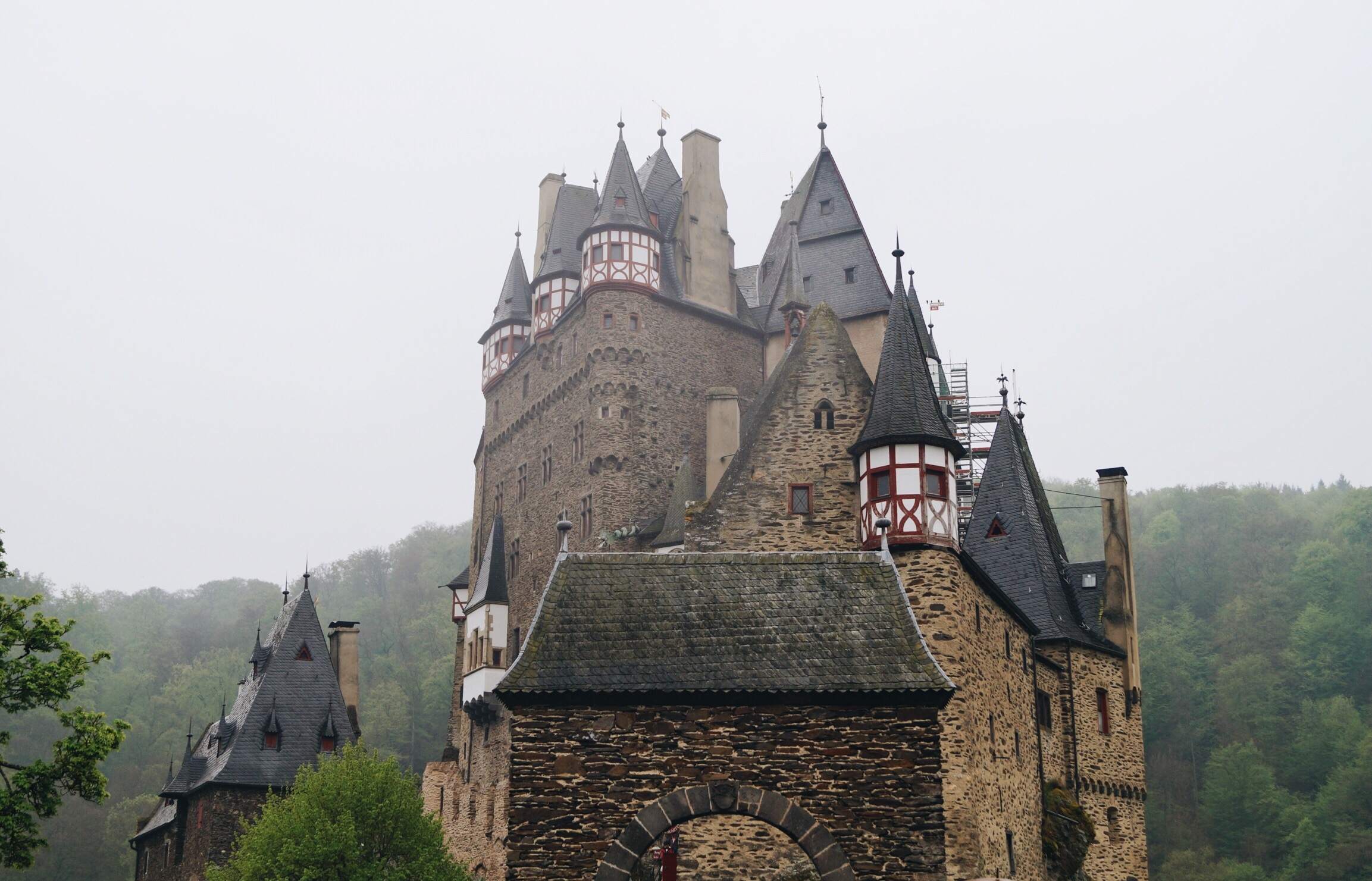 Burg Eltz Eifel Mosel Deutschland Burgen Castle Germany german game of thrones harry potter hogwarts